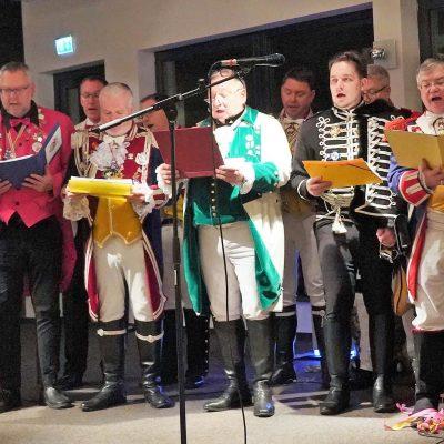 """Mit """"Helau"""" und """"Hipp Hipp Hurra"""" – 1. Treppenfastnacht im MRV"""